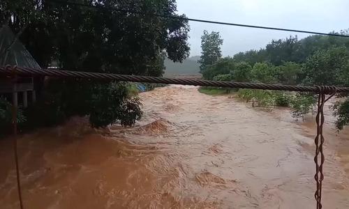 Đập thủy điện có nguy cơ vỡ, 200 hộ dân phải sơ tán