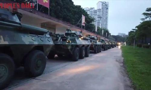 Trung Quốc triển khai xe thiết giáp tới gần Hong Kong