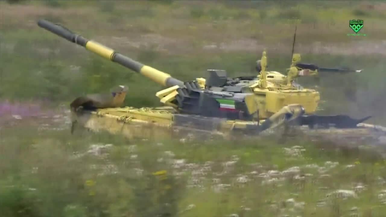 Đội Việt Nam lần đầu vào chung kết giải đua xe tăng tại Nga