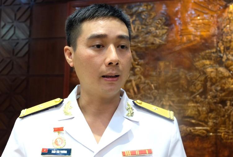 Thiếu tá Trần Văn Phương thuyền trưởng tàu ngầm 184 Hải Phòng