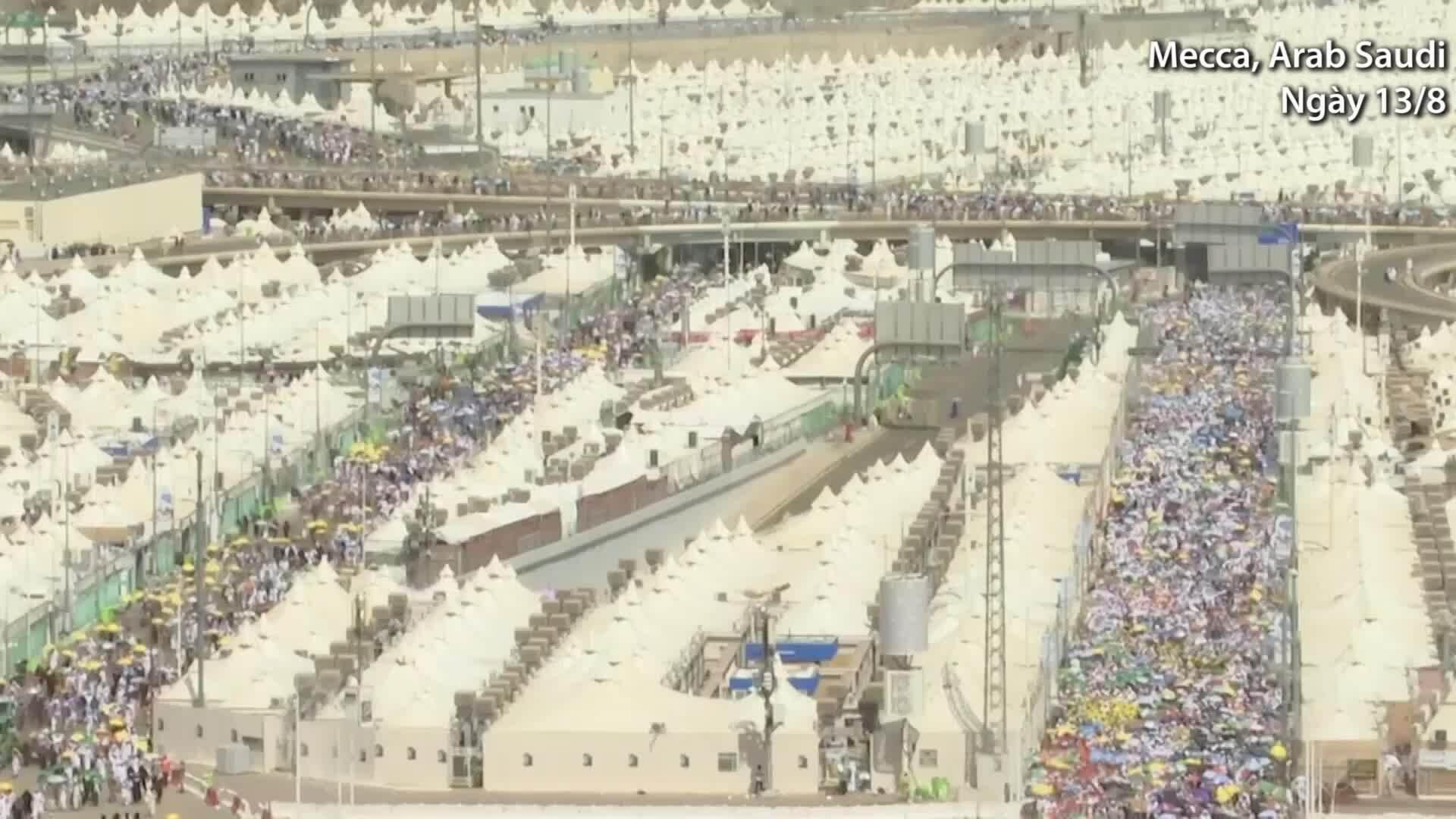 Hơn 2,5 triệu người Hồi giáo hành hương về thánh địa Mecca