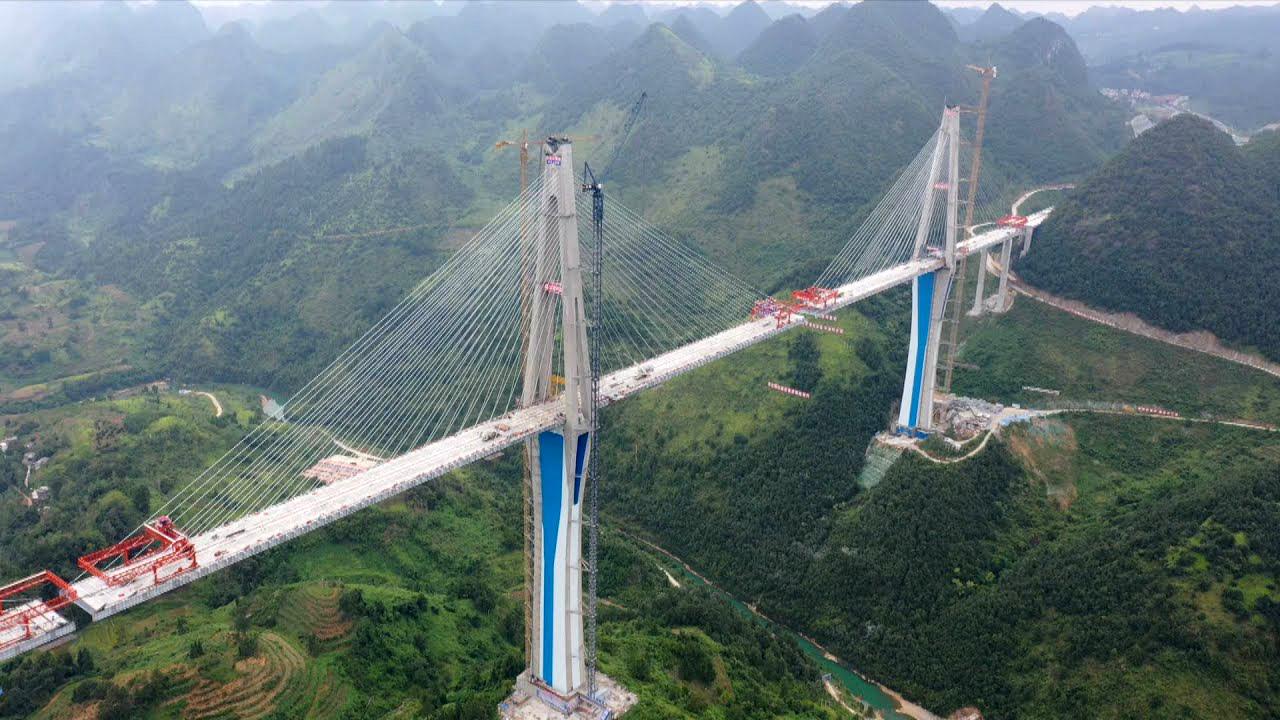 Dự án cầu dây văng có tháp bê tông cao nhất thế giới