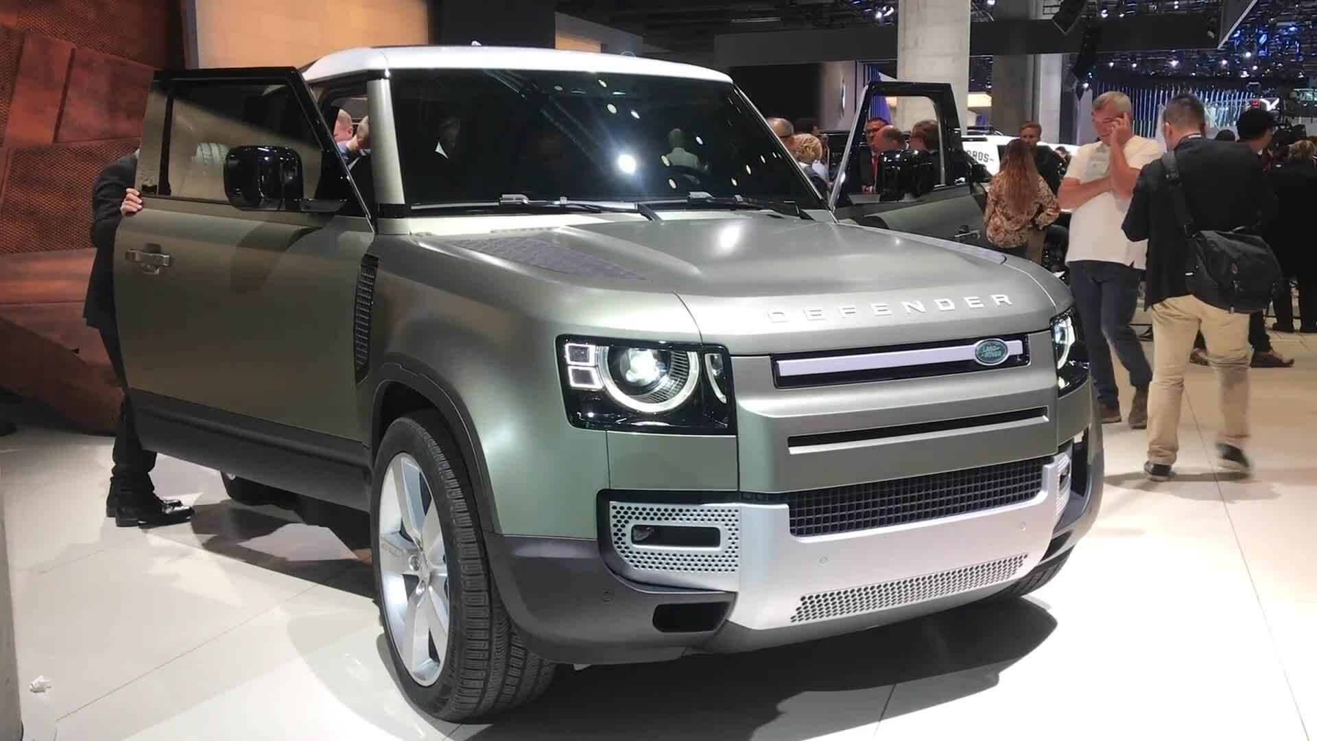 Land Rover Defender thế hệ mới - huyền thoại sang trang