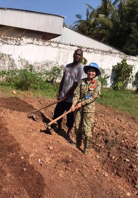 Nữ sĩ quan gìn giữ hoà bình ở Trung Phi