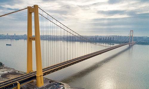 Trung Quốc thông xe cầu treo hai tầng dài nhất thế giới