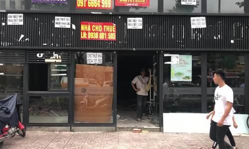Video chuỗi nhà hàng phở Hùng đóng cửa