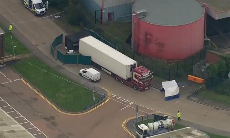 Vụ xe container chứa 39 thi thể được phát hiện thế nào?