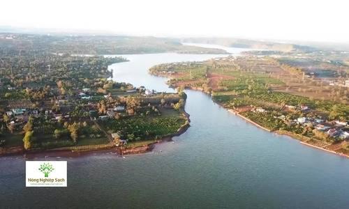 Xúc xích tôm Biển Hồ, Gia Lai