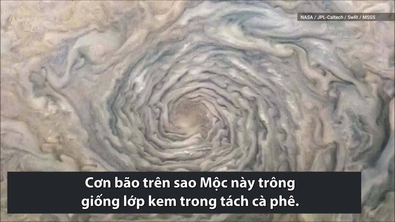 Cơn bão rộng gần 2.000 km trên sao Mộc