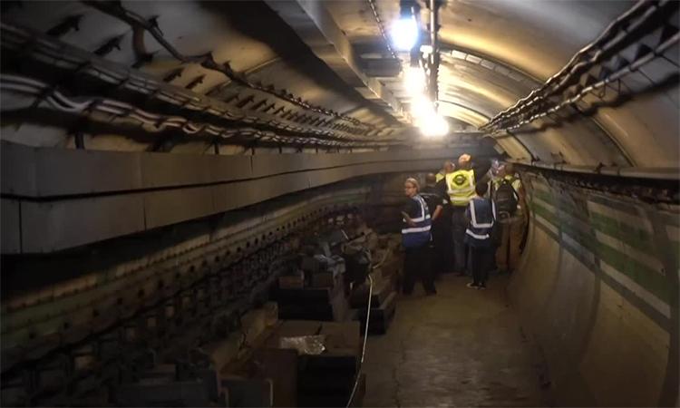 Hệ thống đường tàu điện ngầm bí mật tại London