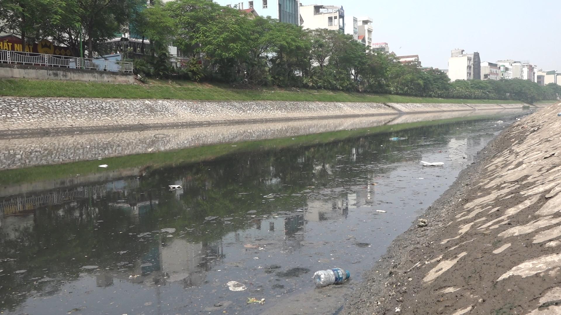 Hà Nội loay hoay hồi phục sông Tô Lịch
