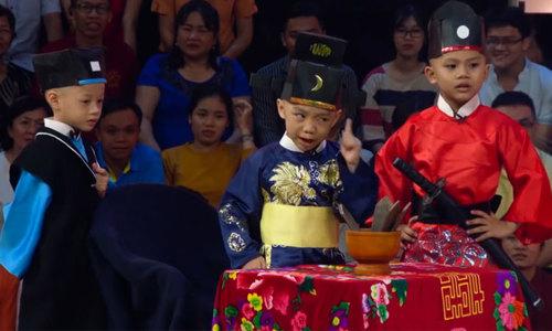 Năm chú tiểu đóng Bao Thanh Thiên khiến Trấn Thành cười sặc sụa