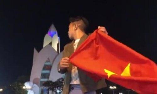 Người dân Nha Trang ăn mừng chiến thắng