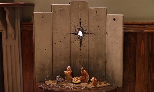 Nghệ sĩ Banksy tạo tác phẩm mới dịp Giáng sinh