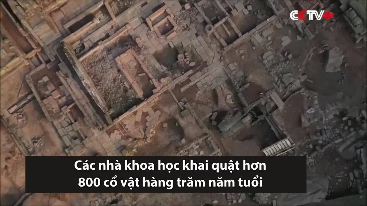 Trung Quốc khai quật hơn 800 cổ vật