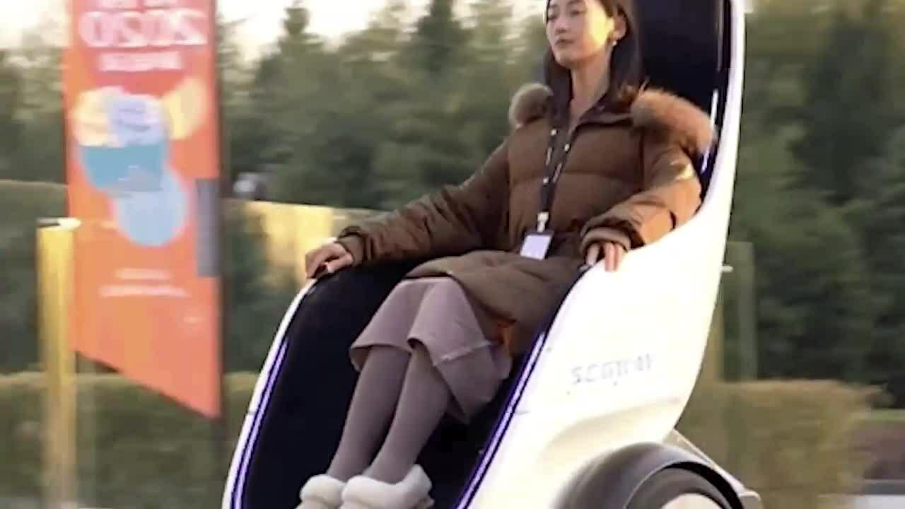 Segway S-Pod - xe tự cân bằng phong cách phim hoạt hình