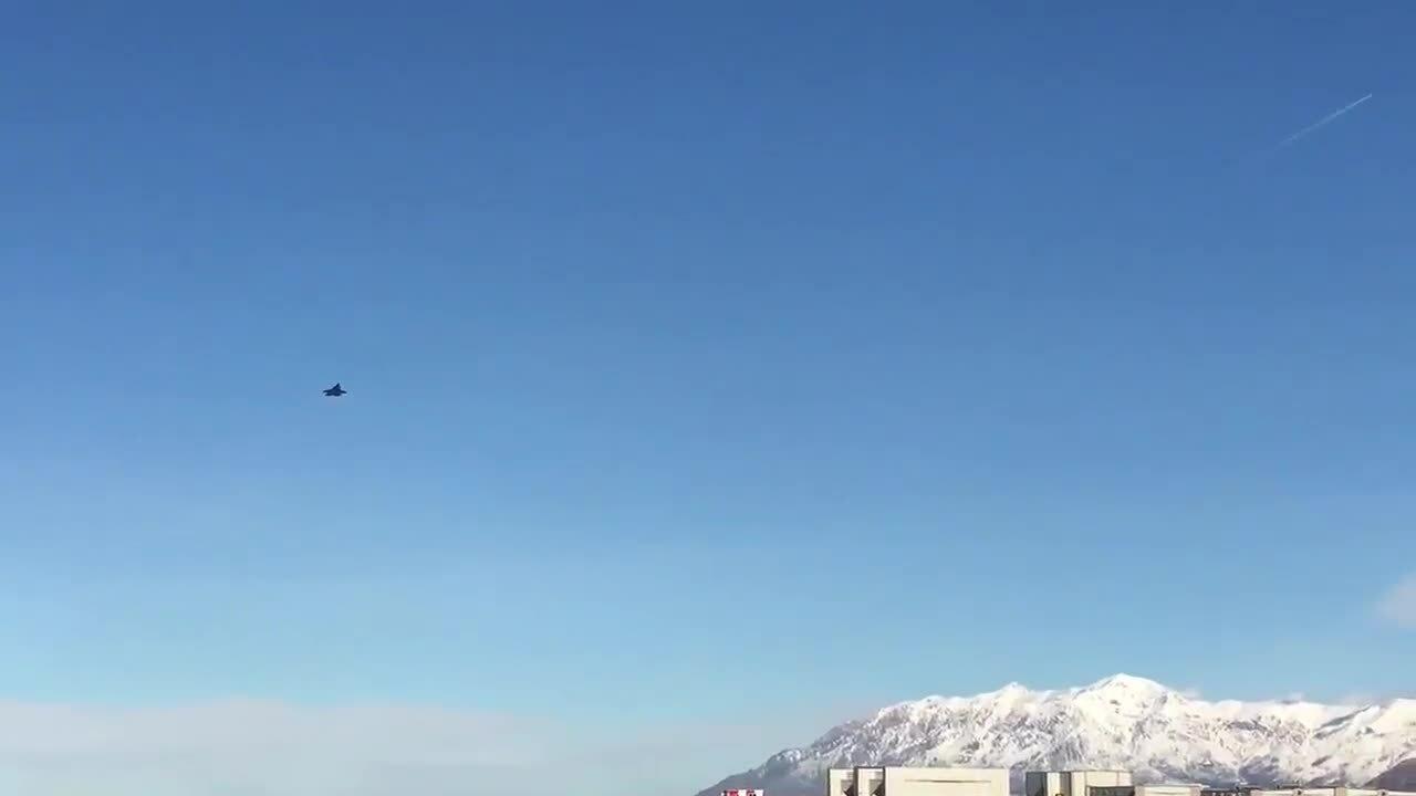 Hơn 50 tiêm kích F-35 tham gia diễn tập 'voi đi bộ'
