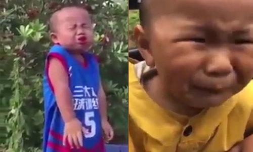 Những đứa trẻ nhăn mặt khi lần đầu ăn chua