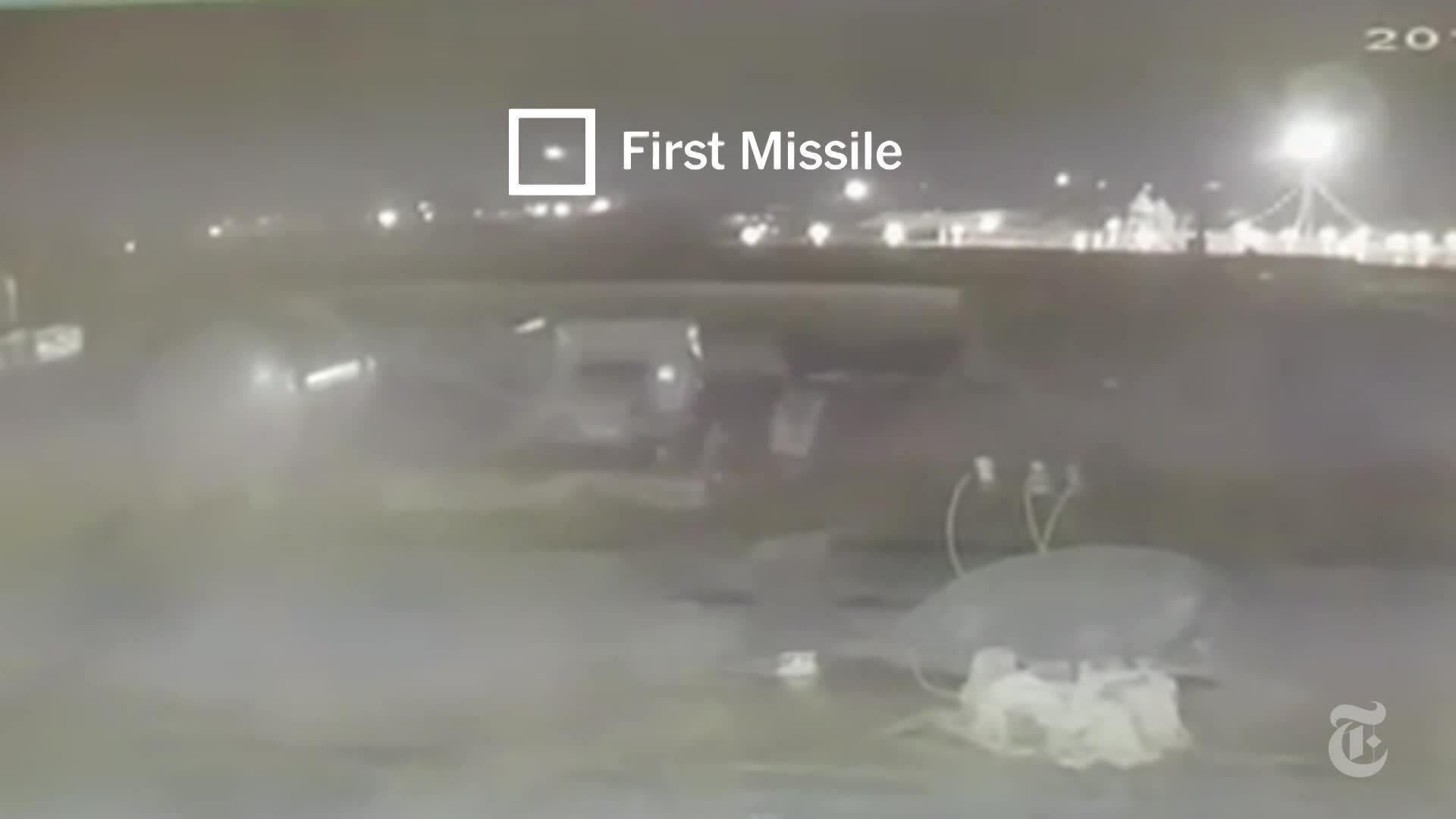 Xuất hiện video máy bay Ukraine trúng hai tên lửa