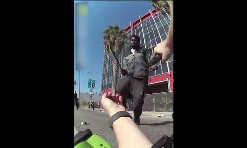 Nghi phạm cướp bị bắn hạ khi giơ dao chém cảnh sát