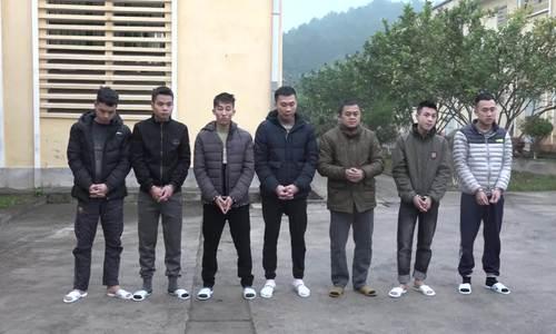 Hàng chục thanh niên hỗn chiến