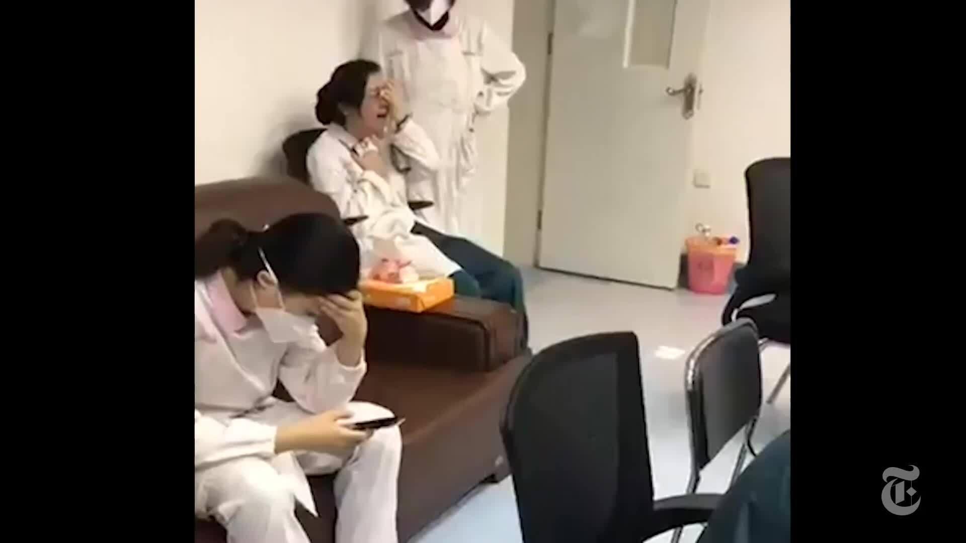 Bệnh viện Vũ Hán quá tải