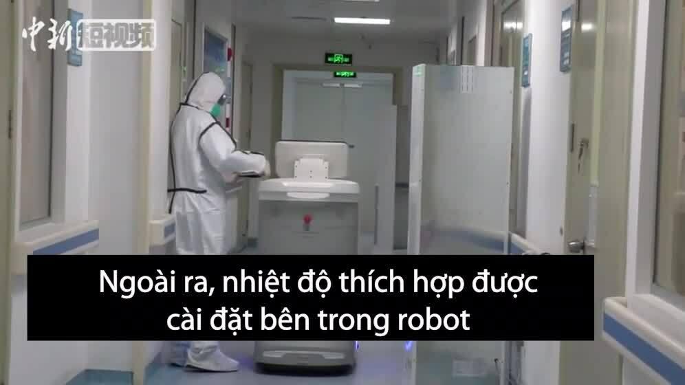 Trung Quốc dùng robot vận chuyển thuốc tránh lây nhiễm chéo