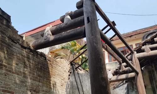 Di tích Hoa thương hội quán hoang phế, đổ nát