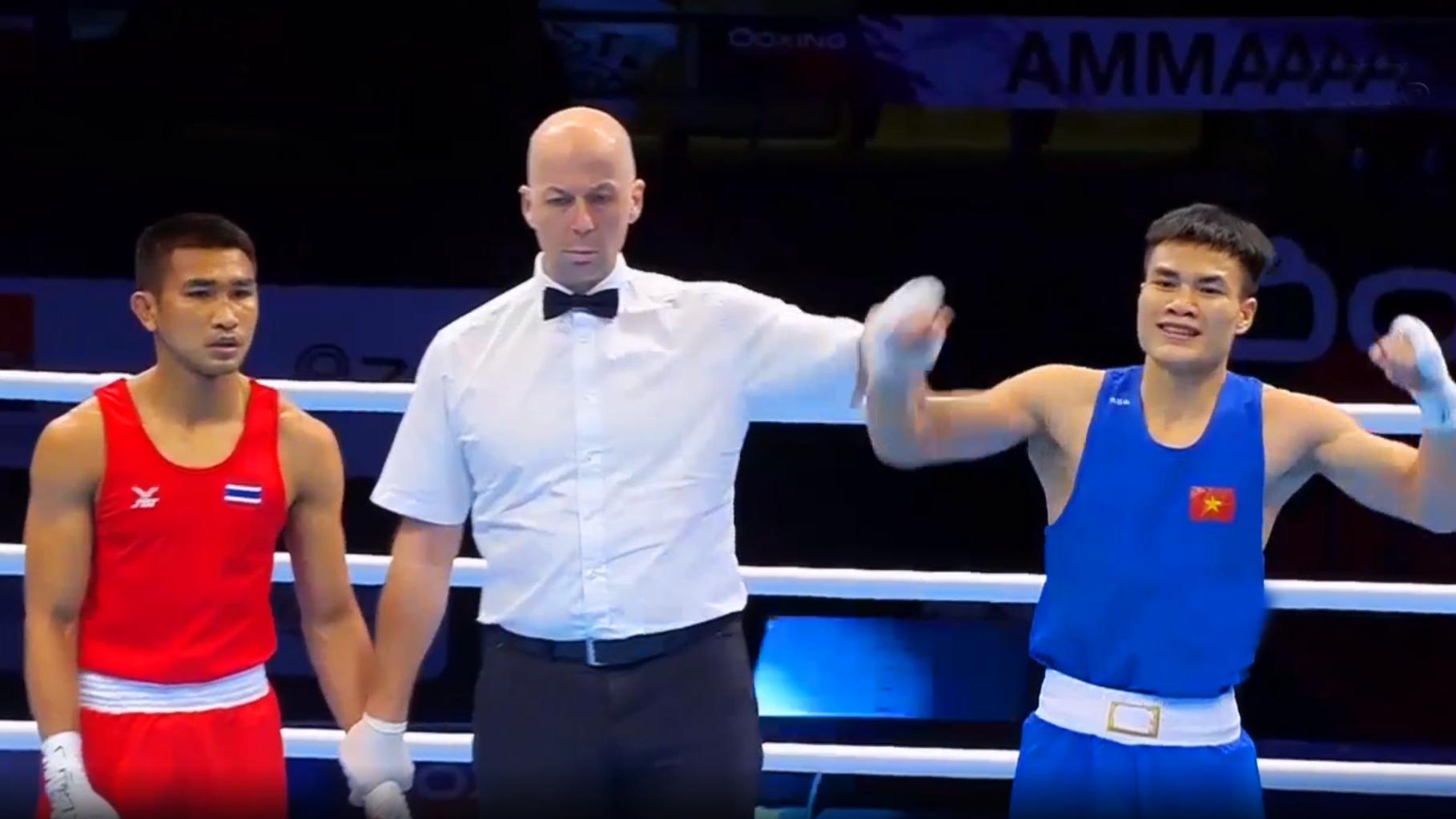 Mất 60 giây để võ sĩ Việt Nam giành vé vào Olympic