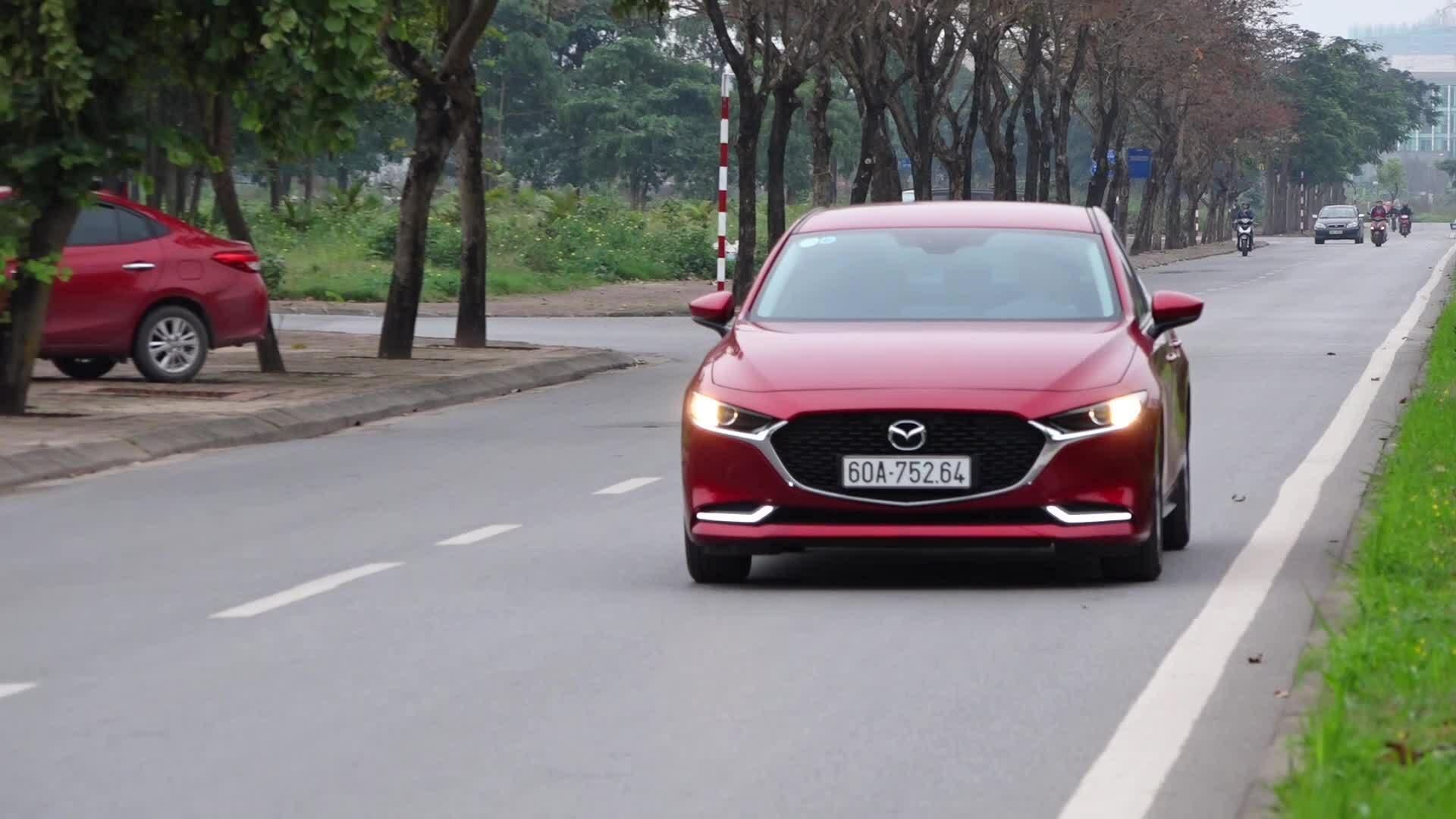 Công nghệ mới trên Mazda3 2020 khiến tài xế hiểu nhầm