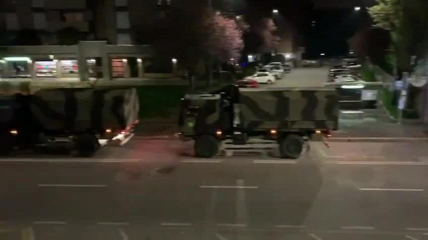 Italy điều xe quân đội chở thi thể đi hỏa táng