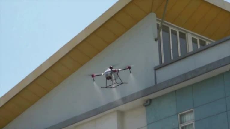 Indonesia dùng UAV phun khử trùng virus corona