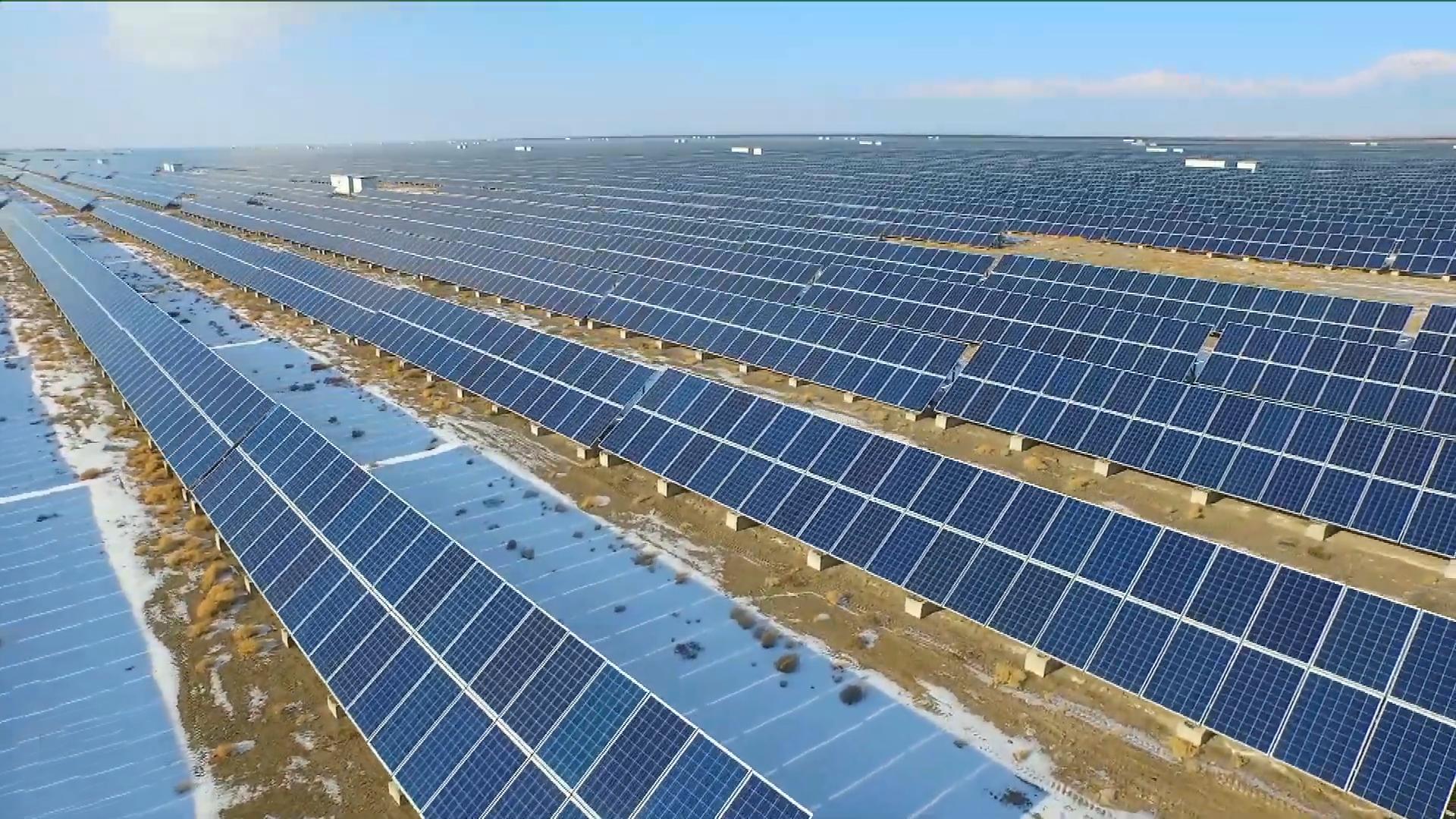 Mạng lưới năng lượng tái tạoở Tân Cương