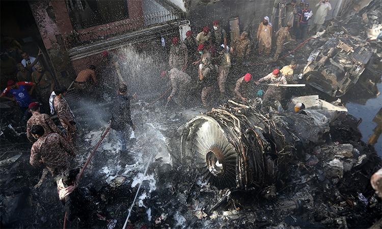 Lời cuối của phi công trên máy bay Pakistan rơi