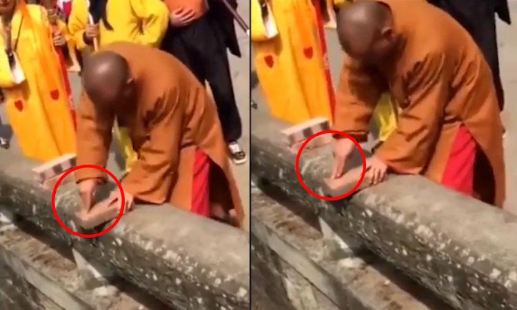 Võ sư Thiếu Lâm thành trò cười khi biểu diễn 'Nhất Dương Chỉ'