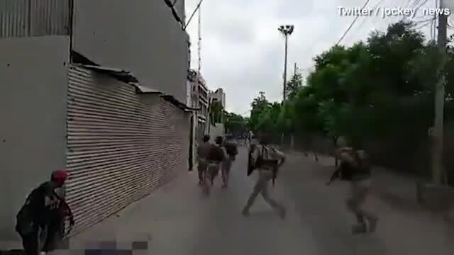 Tay súng tấn công sở giao dịch chứng khoán Pakistan
