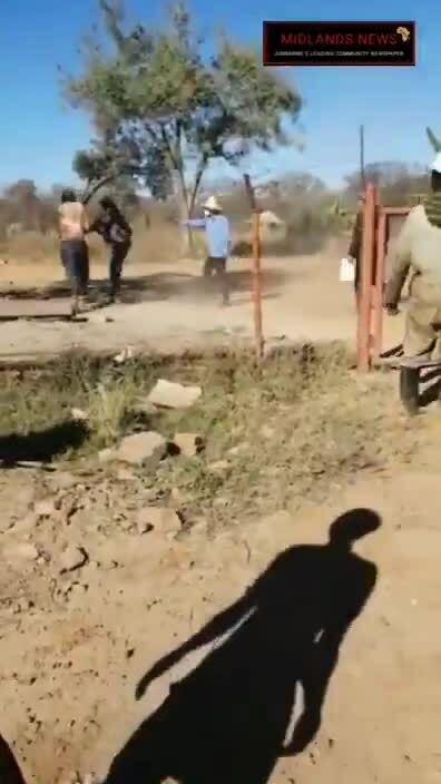 Ông chủ Trung Quốc bắn hai công nhân Zimbabwe