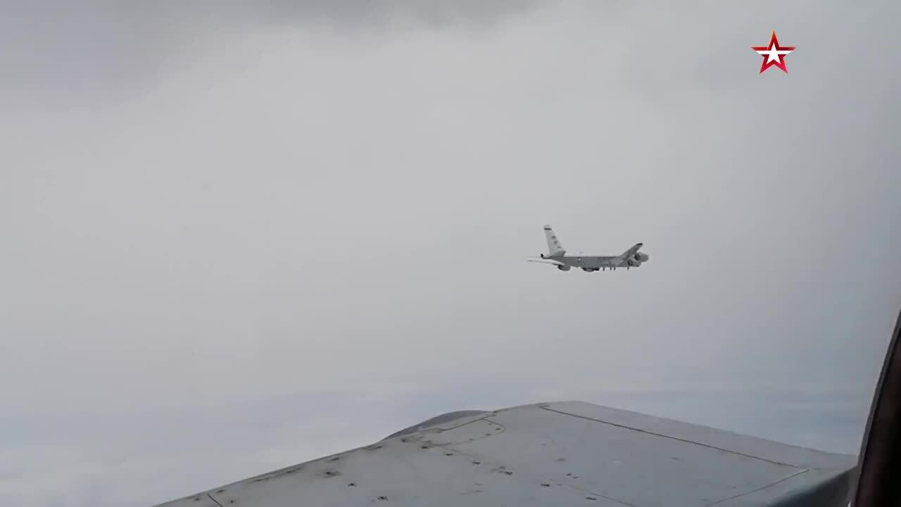 Nga điều Su-35S, MiG-31 chặn trinh sát cơ Mỹ