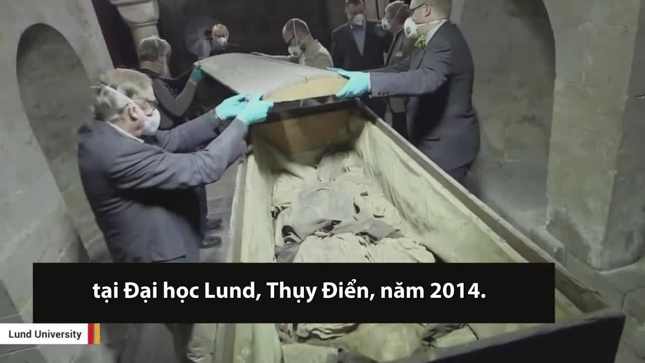 Xác ướp giám mục chôn cùng bào thai hơn 300 năm trước