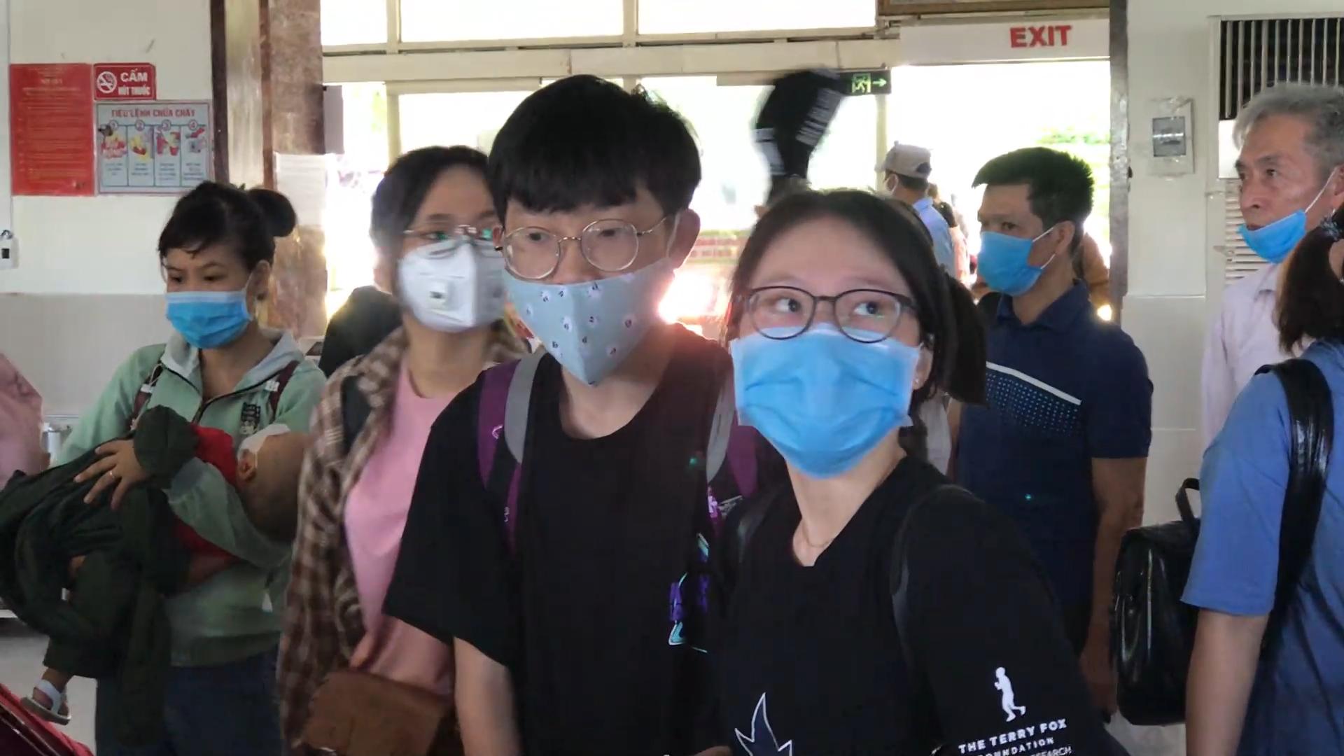 Tăng cường tàu đưa hành khách rời Đà Nẵng