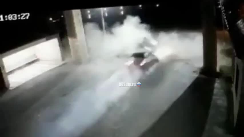 Bốn ôtô đâm nhau, năm người thiệt mạng