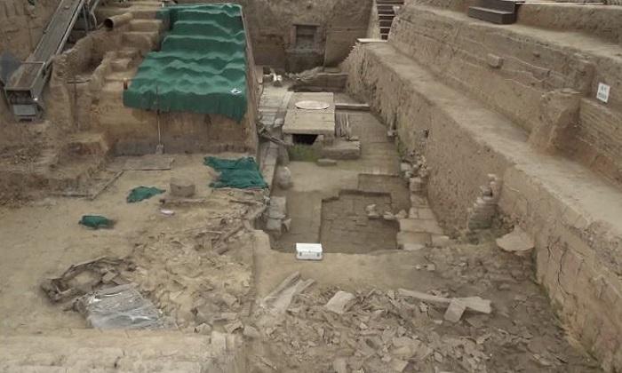 Khai quật tàn tích cây cầu nghìn năm  tuổi thời nhà Đường