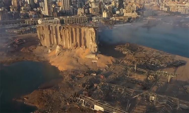 Beirut tan hoang sau vụ nổ 'như bom nguyên tử'