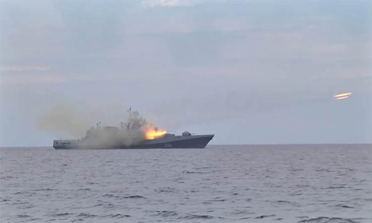 Hơn 30 chiến hạm Nga diễn tập tại Biển Đen