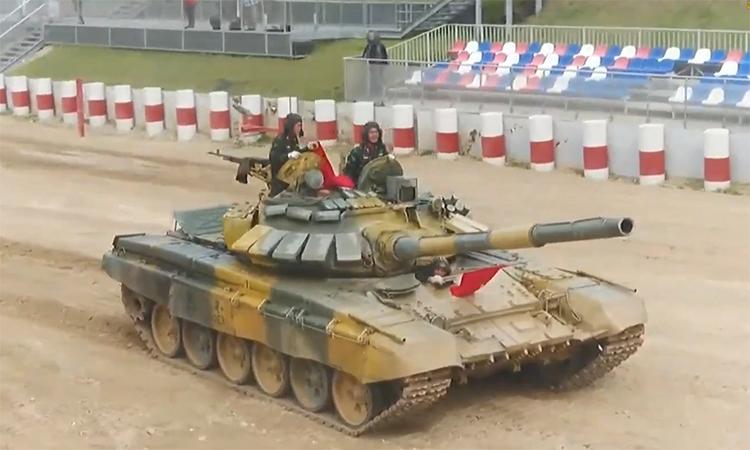 Xe tăng Việt Nam liên tiếp diệt mục tiêu trong chung kết Tank Biathlon