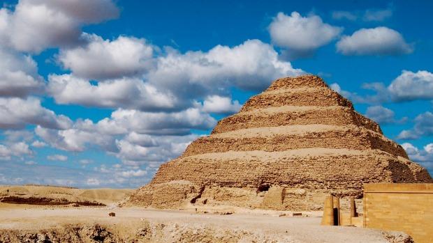 Kiến trúc sư thiên tài xây kim tự tháp đầu tiên