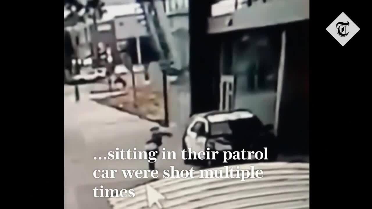 Tay súng bắn trọng thương hai cảnh sát trong xe tuần tra