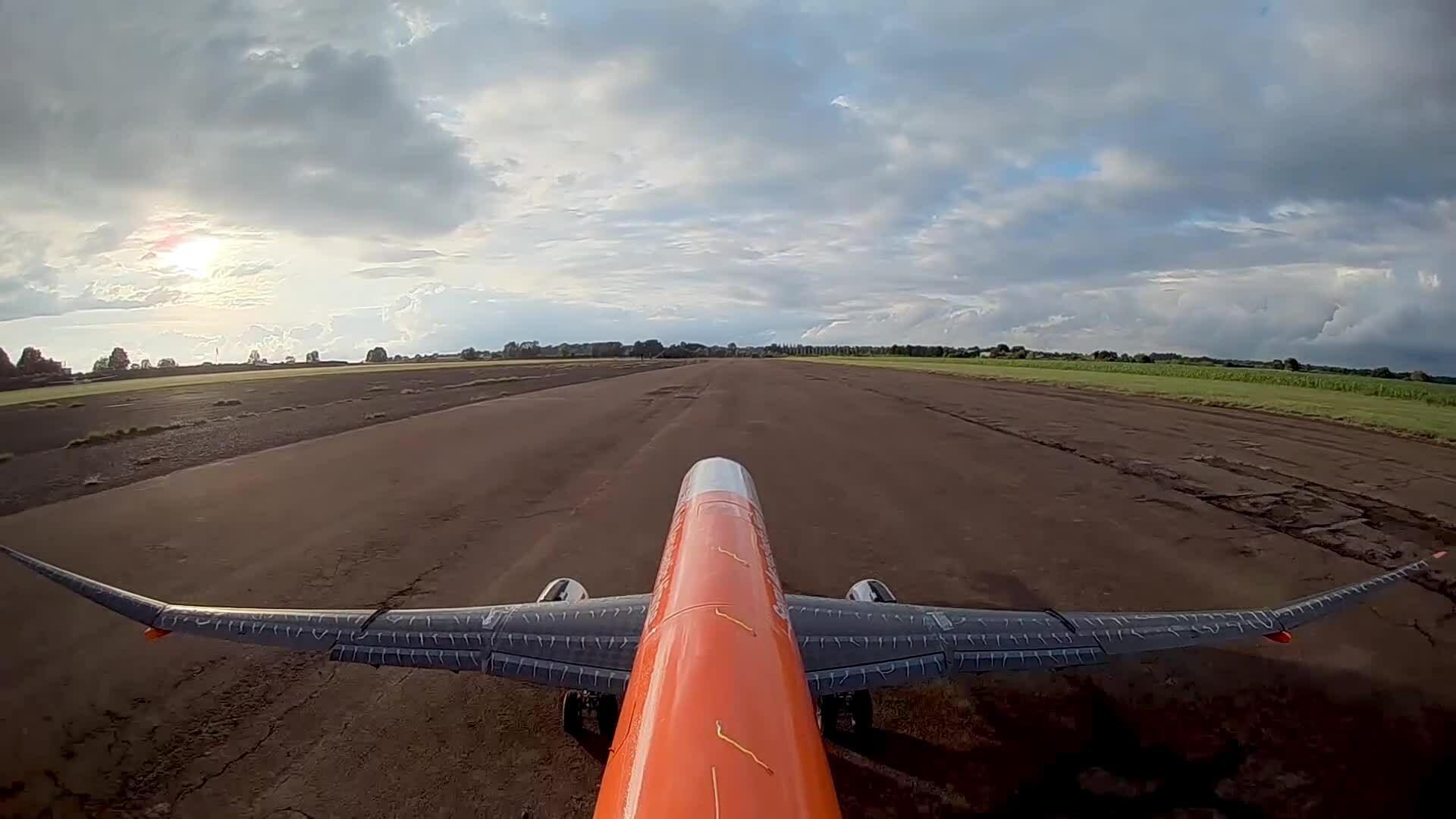 Thử nghiệm máy bay 'vỗ cánh' như hải âu