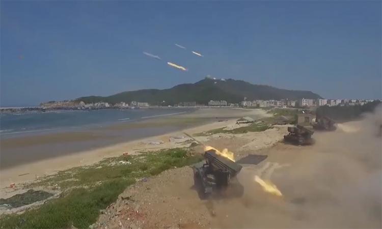 Trung Quốc tung video diễn tập đổ bộ 'răn đe' Đài Loan