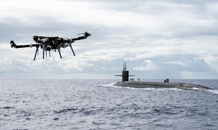 Hải quân Mỹ dùng 'flycam' tiếp tế cho tàu ngầm